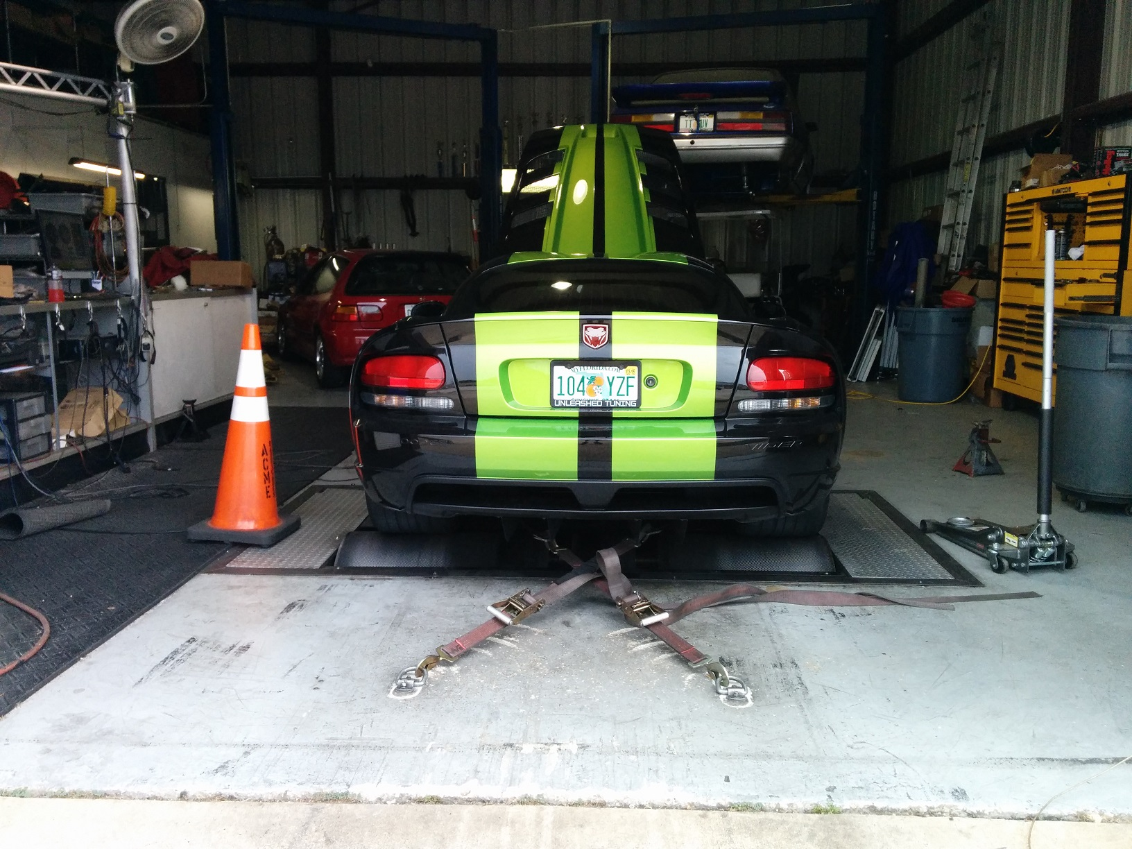 Unleashed Dodge Viper on Dyno
